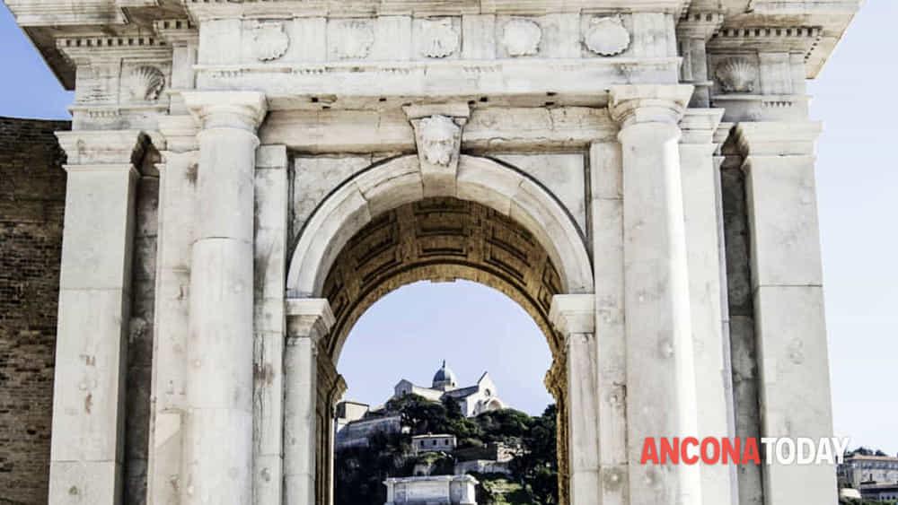 Arco Clementino - Foto LUCIA GALATI-2