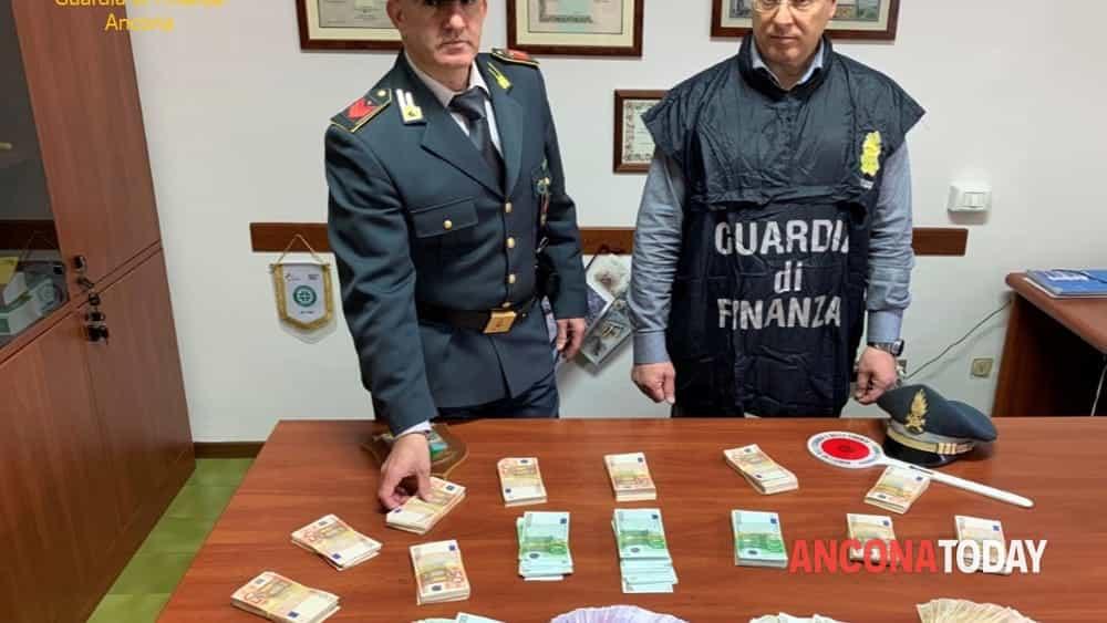gurdia di finanza sequestro operazione 18app-2