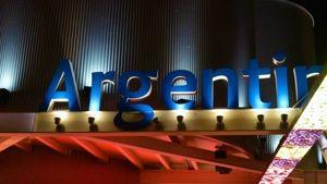 """""""introvisione"""" ospite del padiglione argentina: il movimento artistico spopola anche all'expo di milano-3"""