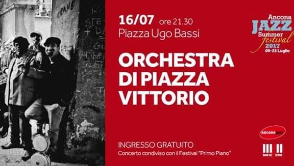 Un mix di tradizione, rock e raggae: l'Orchestra di Piazza Vittorio si scatena al Piano