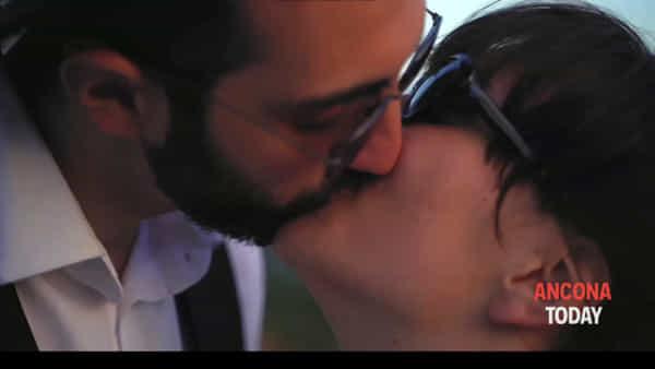 """""""Ho voglia Di…"""" un omaggio a Fellini e Kurosawa: il videoclip made in Ancona – VIDEO"""
