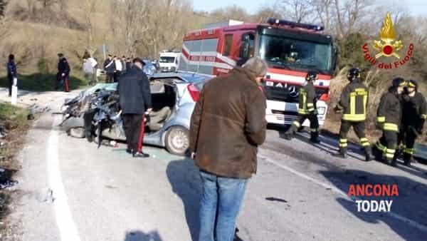 Incidente stradale a Staffolo sulla Provinciale 502 contrada Cavalline3-2
