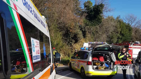 Incidente strada vecchia del pinocchio 3-2