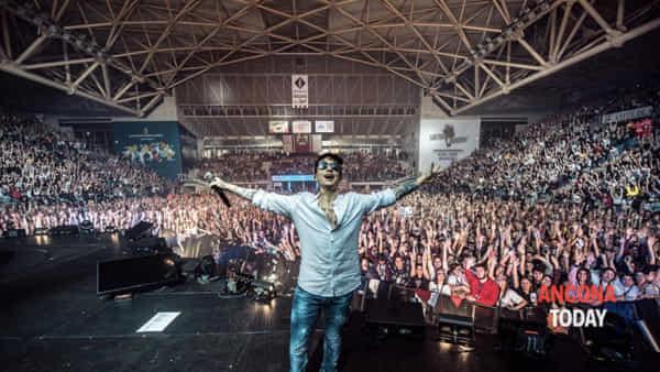 Ultimo torna ad Ancona: dopo il sold out nuovo live per il cantante romano