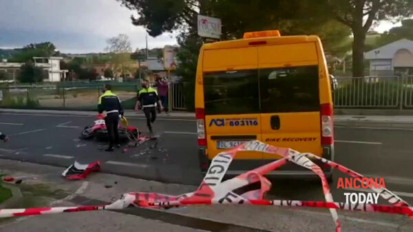 Incidente mortale, strada chiusa e traffico in tilt | VIDEO