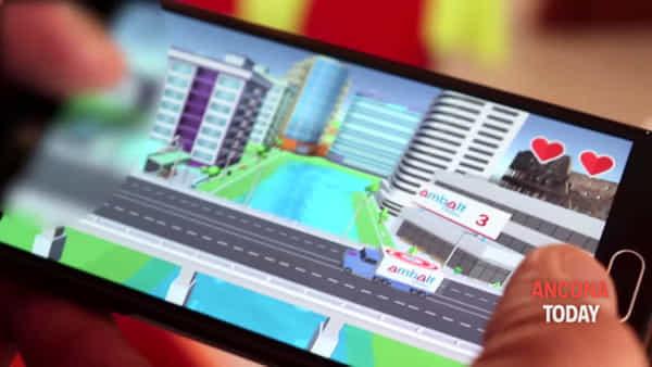 Giochi con il telefonino e aiuti i bimbi malati di cancro, arriva l'app di Ambalt | VIDEO