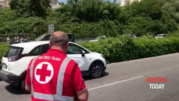 Malore in auto sull'Asse Nord-Sud, poi lo schianto in galleria - GUARDA IL VIDEO