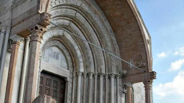 Concerto di Natale in cattedrale: tripudio di voci per San Ciriaco