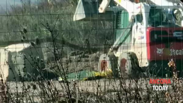 Operaio morto nel cantiere, le immagini dal luogo della tragedia | VIDEO