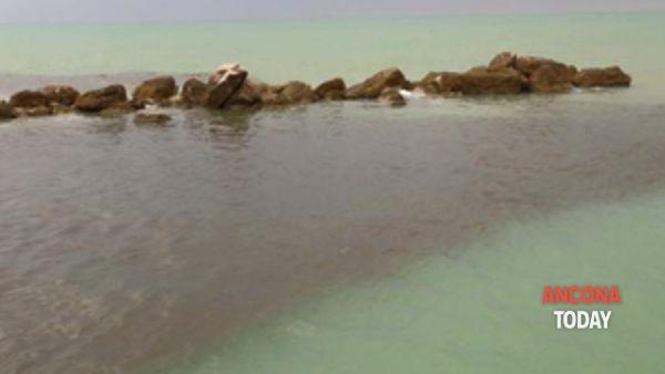 ffalconara: sversamenti in mare. il sindaco intervenga immediatamente!-3