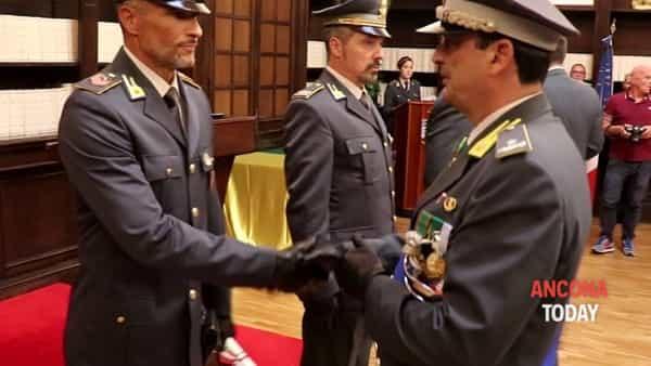 La Guardia di Finanza festeggia 245 anni e premia i suoi fiori all'occhiello - VIDEO