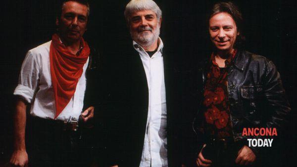 """La Macina e Marco Poeta: la chitarra a dodici corde """"contamina"""" la storica band"""
