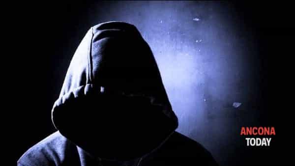 Le Sette: una forma di manipolazione psicologica