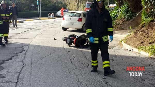 Incidente stradale a Pietralacroce 2-2