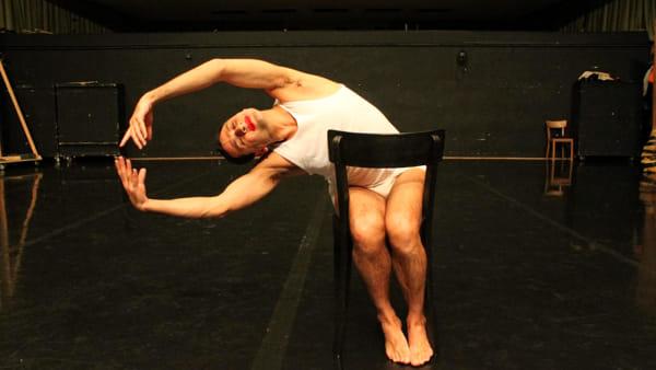 Danza: Daphnis Kokkinos in prima nazionale con lo spettacolo su Pina Bausch