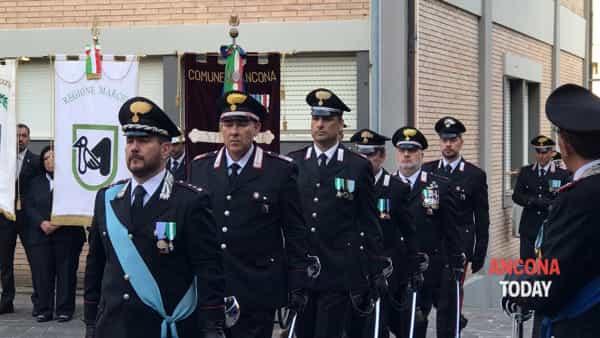 Carabinieri in festa, la cerimonia e le onorificenze - GUARDA IL VIDEO