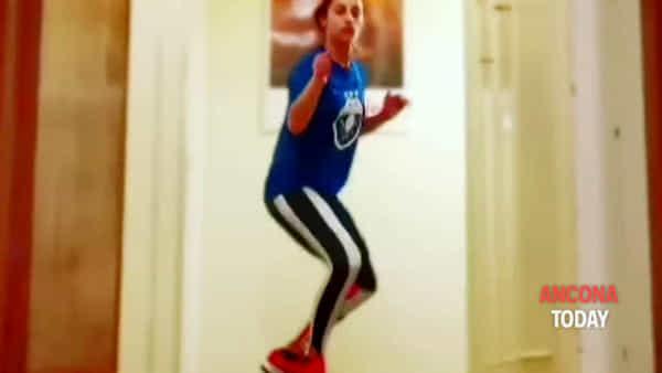 Stoccate di fioretto in corridoio, Di Francisca: «Mamma mia che stanchezza!» | VIDEO
