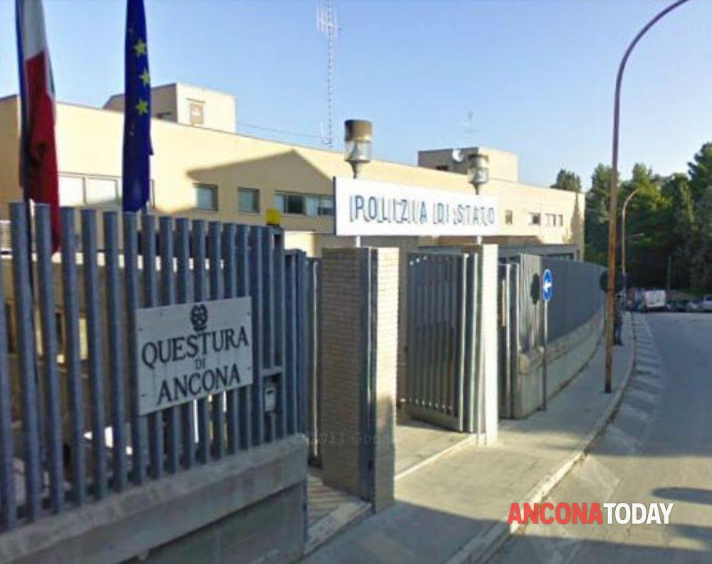 Ancona | «Ho perso il permesso di soggiorno», ma gli era ...
