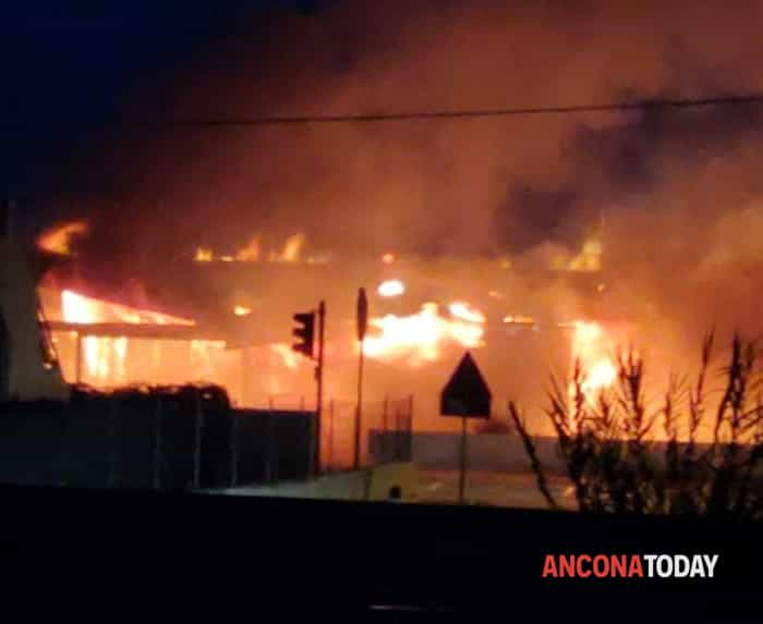 Incendiochaletamarinadimontemarciano