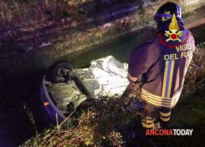 Incidente auto Serra San Quirico 1 novembre 20191