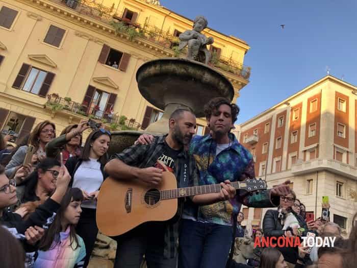 Mika ad Ancona presenta il suo concerto del 26 novembre 20199